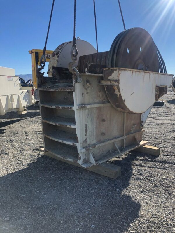 "24"" x 36"" Trio jaw crusher, C-series jaws, manufacture year 2002, serial # CJ24X36-002. Equip yourself with the gold standard."