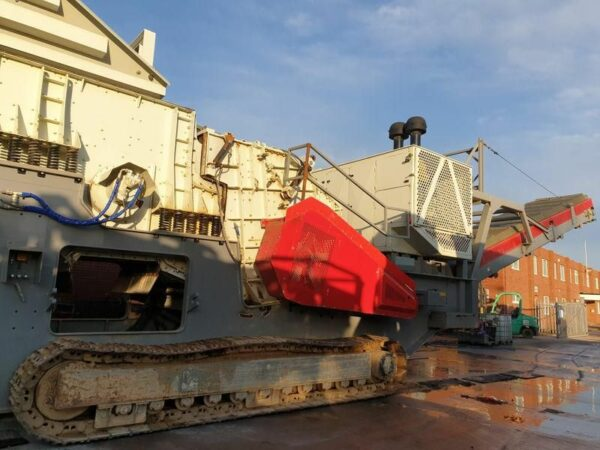 Gipo R170FDR Tracked Impact Crusher